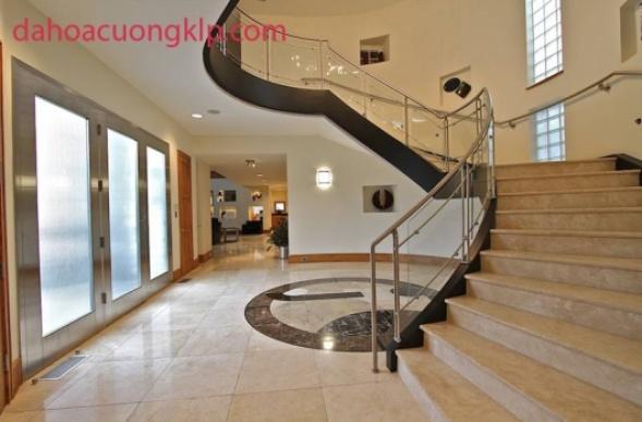 Có nên dùng đá hoa cương ốp cầu thang cho nhà ở hay không?