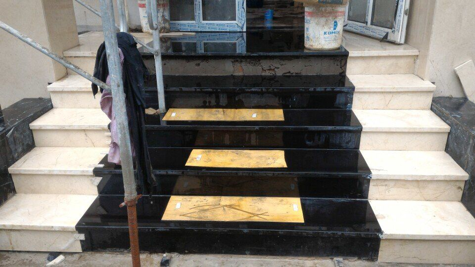 đá ốp lát cầu thang